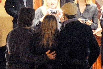 A Butler se le va mano con Aniston
