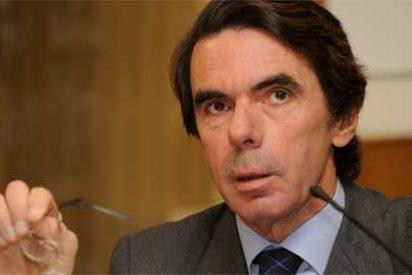 """Aznar acusa a la izquierda de """"adicta al gasto, al déficit y a los impuestos"""""""