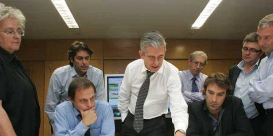"""Javier Moreno, a la redacción de 'El País': """"Los ingresos han caído, pero no le hemos quitado ni un duro a los periodistas"""""""