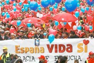Miles de personas se manifiestan en Madrid en contra de la Ley del Aborto