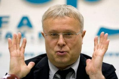 """Un ex espía de la KGB compra """"The Independent"""" por 1,11 euros"""