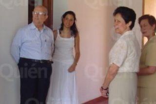 Maciel, con su hija y su mujer, en la casa de la Legión en Cotija