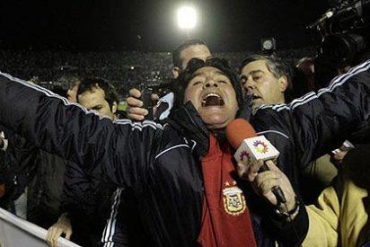 Maradona intervenido de urgencia tras ser mordido por su perro