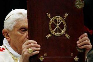 El Vaticano traza una defensa legal para el pontífice