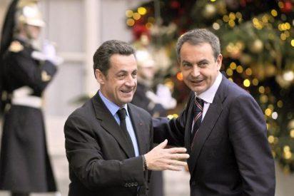 España y Francia piden una reunión de urgencia para salvar a Grecia
