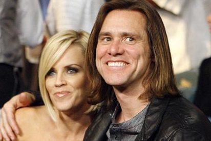 Jim Carrey anuncia en Twitter la ruptura con su novia