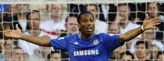El Chelsea pierde y el United acecha el liderato
