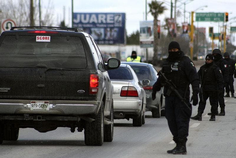Un cártel mexicano amenaza con matar a 25 hombres rivales