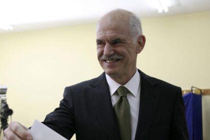 Dos tercios de los griegos no aprueban la gestión económica de Papandreou