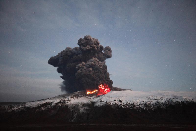 Un grupo de vigilancia aérea planteó una nueva regulación para vuelos durante erupciones