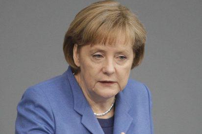 """Obama y Merkel destacan la """"oportuna ayuda"""" a Grecia"""