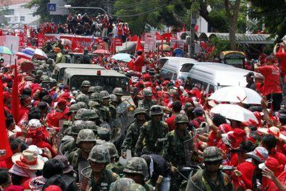 Los 'camisas rojas' desalojan un hospital