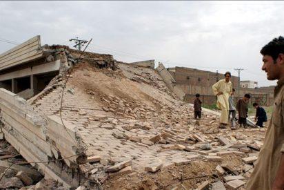 Mueren 35 insurgentes y 2 soldados en combates en áreas tribales de Pakistán
