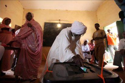 Las elecciones de Sudán se prolongan dos días por razones técnicas