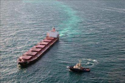 El carguero chino encallado en la Gran Barrera de Australia destrozó kilómetros de coral
