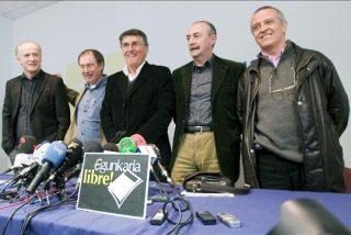"""Los directivos de Egunkaria absueltos piden a la sociedad vasca que siga """"alerta"""" ante un recurso"""