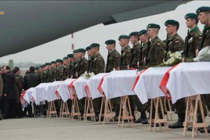 La élite mundial despedirá a Kaczynski, cuyo entierro en Wawel levanta polémica