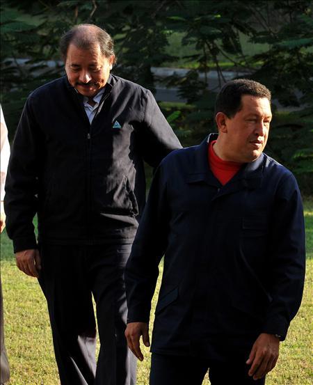 """Chávez llega a Nicaragua con """"ímpetu"""" y """"ánimo"""" de trabajar con Daniel Ortega"""