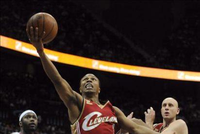 99-83. El novato Teague dirige el triunfo de los Hawks ante los Cavaliers