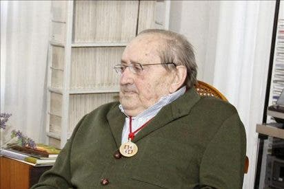 Los Reyes presiden hoy el homenaje de la Real Academia Española a Delibes