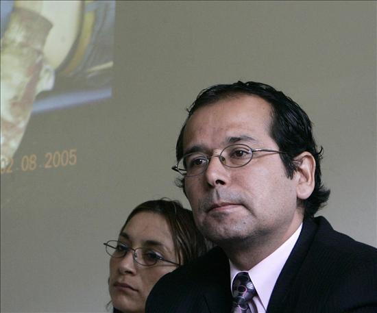 Proponen a peruano y a chilena como peritos internacionales a favor de Garzón