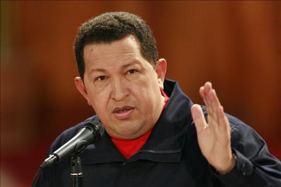 Chávez consigue ayuda millonaria de China a cambio de petróleo
