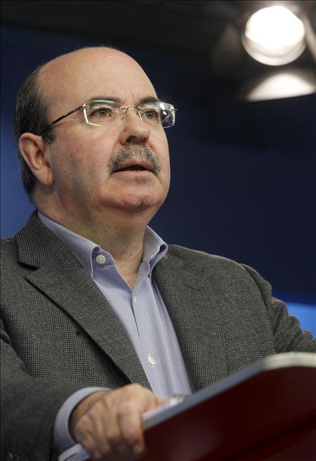 El PSOE calienta motores para las elecciones de 2011 con una cumbre autonómica