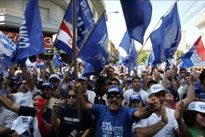 El vicepresidente paraguayo encabeza una marcha de disidentes de Lugo