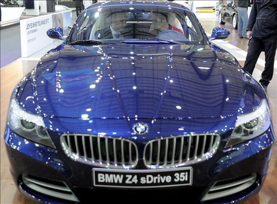 BMW interrumpe la producción por el cierre del espacio aéreo en Europa