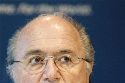 Sudáfrica condecorará a Blatter y Rogge por su apoyo al Mundial