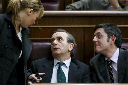 Gobierno y PP suben el tono de sus ataques a cuenta de Garzón y