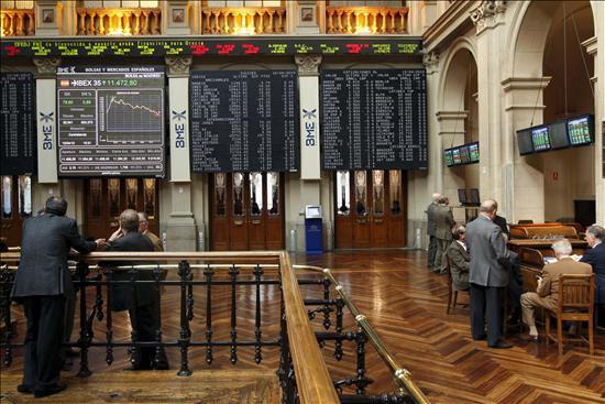 La bolsa española baja el 0,2% en la apertura, tras los ataques a la deuda griega
