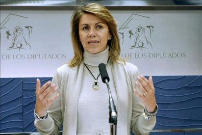 Cospedal anuncia que el PP votará en contra de la retirada del Estatuto de Castilla La Mancha