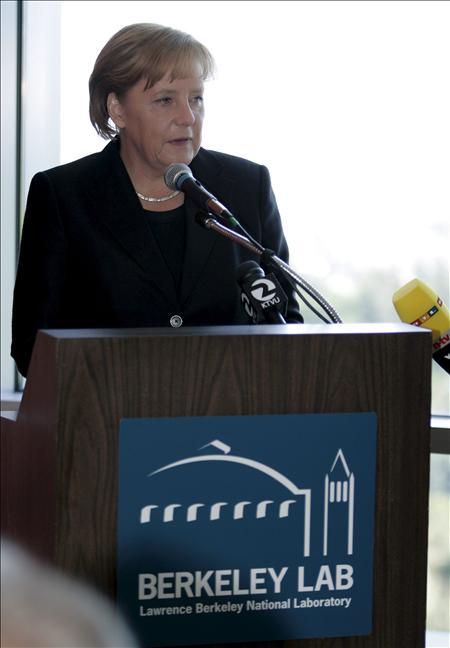 Merkel sostiene que la salida de Afganistán sería más catastrófica que el 11-S