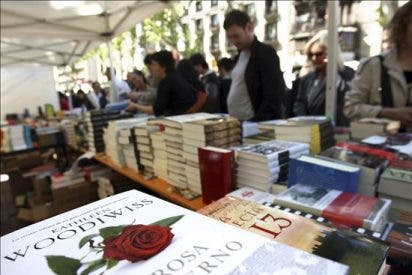 Cataluña vivirá hoy un día de libros y rosas con motivo de Sant Jordi