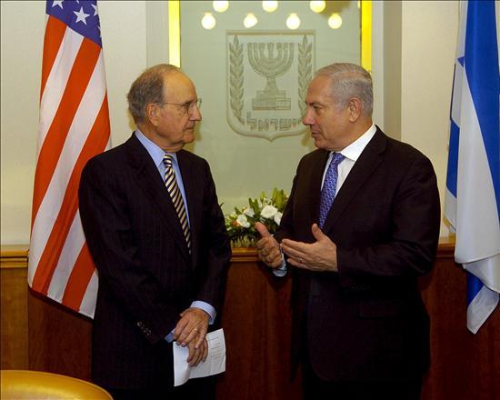 Maratón de Mitchell para que israelíes y palestinos retomen el diálogo de paz