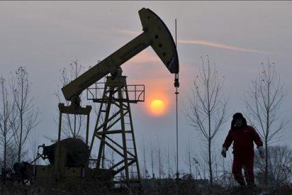 El crudo de Texas sube el 1,7 por ciento y cierra a 85,12 dólares el barril