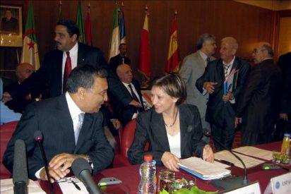 La ministra Espinosa insta a cooperar a los países del Mediterráneo para lograr un desarrollo sostenible