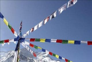 La alpinista surcoreana Oh Eun-sun alcanza la cima del Annapurna y deja sin record a Edurne Pasabán