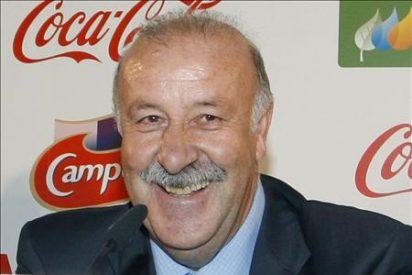 """Vicente del Bosque asegura estar """"preocupado"""" por la lesión de rodilla de Fernando Torres"""