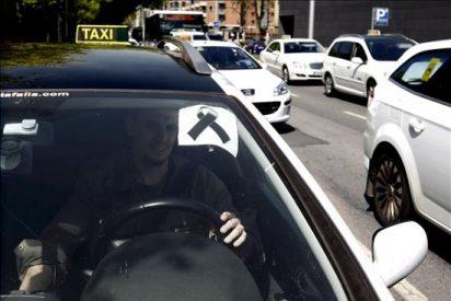 El pasajero del taxi está identificado e interrogado