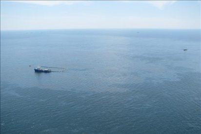 La Guardia Costera planea prender fuego al derrame de petróleo en el Golfo de México