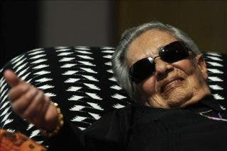 Chavela Vargas, la reina de la noche en la presentación de su disco
