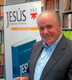 Pagola vende 72.000 ejemplares de su 'Jesús'