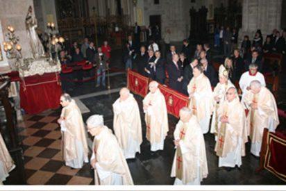 Osoro oficia la misa en honor a San Vicente Ferrer