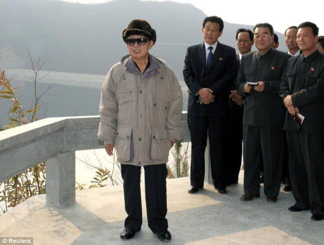 Seúl descarta represalias militares pese a las sospechas de que Pyongyang le hundió un buque de guerra