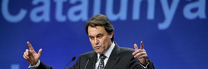 Escasa participación en las consultas soberanistas en Cataluña