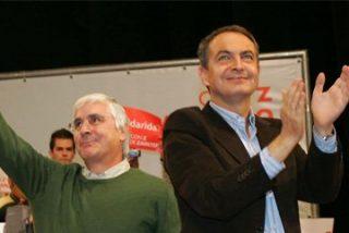 El PSOE saca el agua de los foros oficiales para hacer campaña