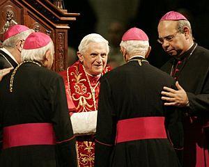"""Obispos de Brasil: """"Campaña difamatoria contra el Papa"""""""