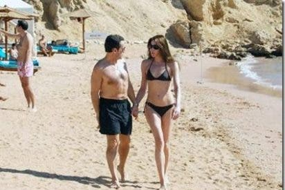 Un rumor conyugal Sarkozy-Bruni acaba en asunto nacional por la mezcla explosiva de Internet y la prensa sensacionalista